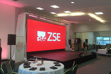 P3.9 Indoor Event Rental LED Video Wall For Banquet